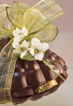 Coquille Saint-Jacques en chocolat garni de pralines assorties
