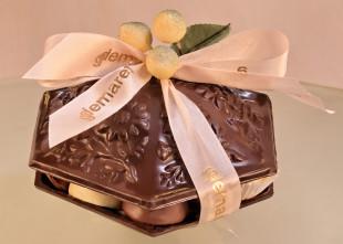 Bonbonnière en chocolat  garnie de pralines