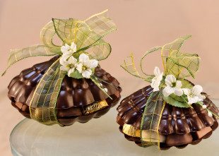Creux de chocolat garni de pralines assorties